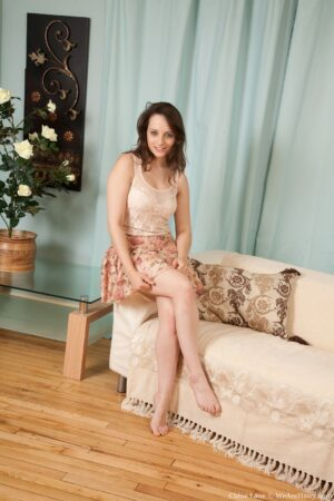 All-natural Chloe Lane splatters out on the Sofa