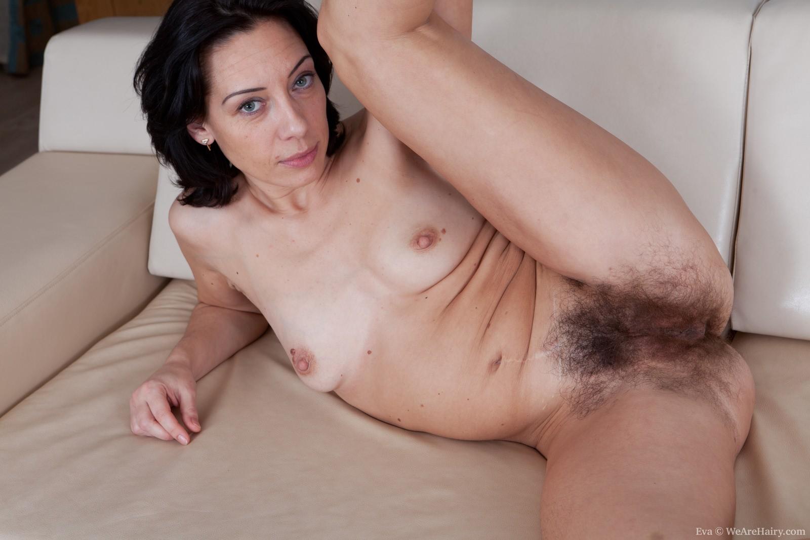 Секс дома волосатые 21 фотография