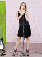 Rockin unshaven Girl Malika Bares all on Stage