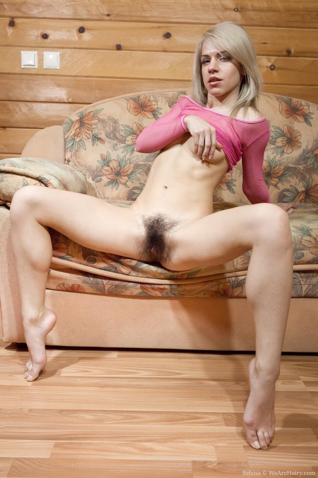 Волосатые киски блондинки 19 фотография