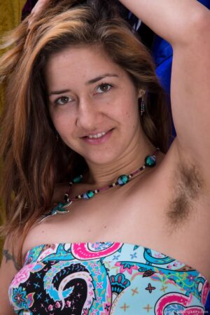 Hairy pit female Isabel loves a nice clothing store